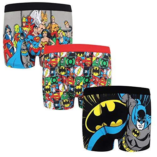 3 calzoncillos de tipo bóxer para niño, un producto oficial de DC Comics Con imágenes de gran tamaño de los personajes en la parte delantera y trasera. Altura: 4-5 años: 110 cm // 5-6 años: 116 cm // 7-8 años: 128 cm // 9-10 años: 140 cm Calzoncillos...