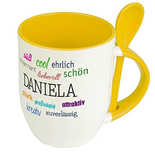 Löffeltasse mit Namen Daniela - Positive Eigenschaften von Daniela - Namenstasse, Kaffeebecher, Mug, Becher, Kaffeetasse - Farbe Gelb