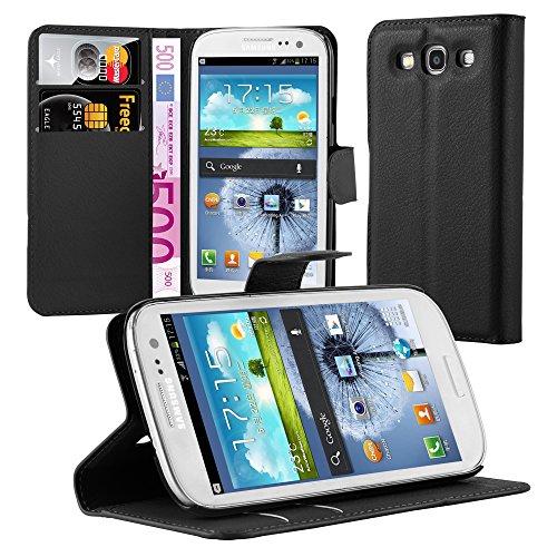 Cadorabo Hülle für Samsung Galaxy S3 / S3 NEO in Phantom SCHWARZ - Handyhülle mit Magnetverschluss, Standfunktion & Kartenfach - Hülle Cover Schutzhülle Etui Tasche Book Klapp Style