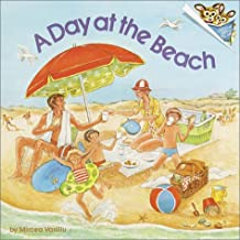 A Day at the Beach (Pictureback(R))