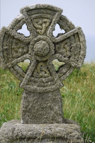 A Traditional Stone Celtic Cross Near Barmouth Wales UK Journal: 150 Page Lined Notebook/Diary