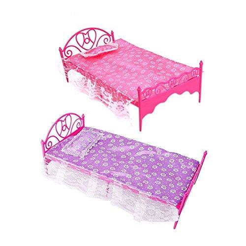 HINTER Mini-Bett aus Kunststoff mit Kissen und Laken für Barbie Puppenhaus