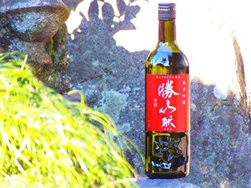 勝山酒造『純米吟醸献』