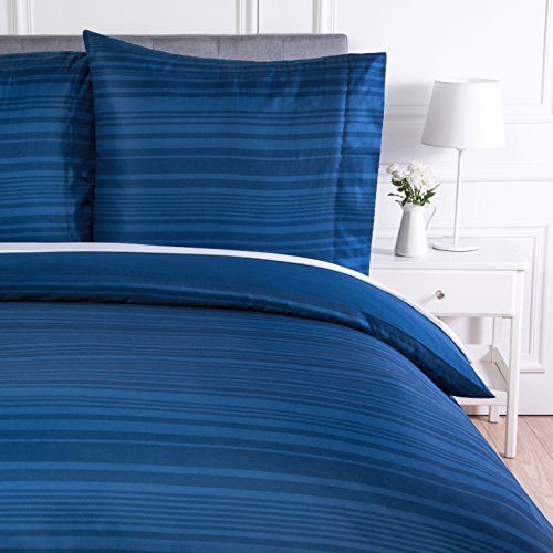Amazon Basics - Bettwäsche-Set, Mikrofaser, 155 x 200 cm, Leicht Mikrofaser, Königsblau, gestreift