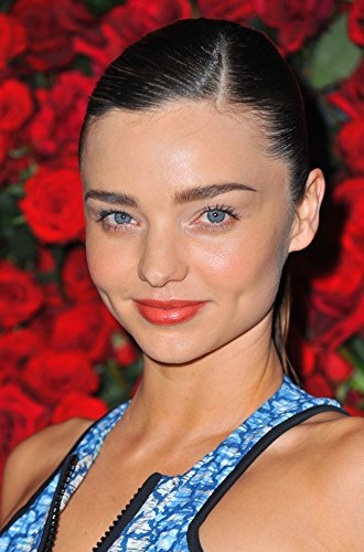 The Poster Corp Miranda Kerr at Arrivals for Moma'S 4Th Annual Film Benefit to Honor Pedro Almodovar Photo Print (40,64 x 50,80 cm)