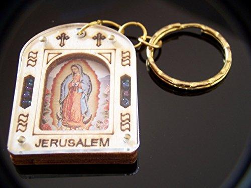 Holy Land Market - Llavero, diseño de la Virgen de Guadalupe, 2 x 1,2 pulgadas, incluye certificado