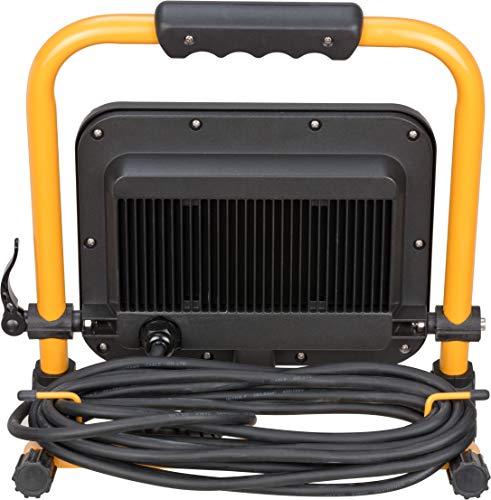 Brennenstuhl Mobiler LED Strahler JARO 5000 M / LED Baustrahler für außen IP65 (LED Arbeitsstrahler 50W mit 5m Kabel, LED Baustellenstrahler mit Schnellspannverschluss) - 2