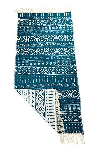 SOLTAKO Alfombra de pasillo con flecos y patrón reversible retro boho étnico marroquí bereber lavable Vintage Modelo Djerba Azul Verde (Verde azulado / crudo) 135 x 65 cm