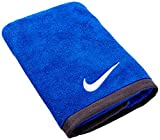 Nike Fundamental Towel, Medium, Varsity Royal/White