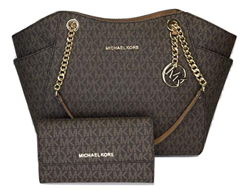 Bundle of 2 items: MICHAEL Michael Kors Jet Set Travel Large Chain Shoulder Tote bundled with Michael Kors Jet Set Travel Trifold Wallet Double top handles with chain detail in gold, Three quarter zippered top closure with side gusset pockets Interio...