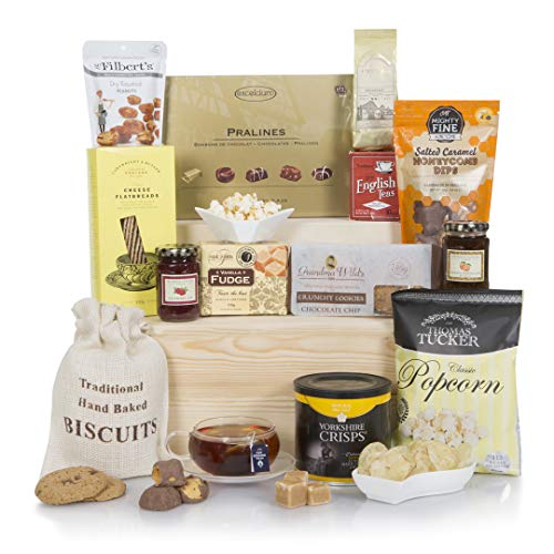 Bearing Gifts Hamper, Luxury Hampers, Gift Baskets,...