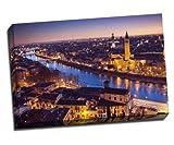 Verona bei Nacht–Italien Kunstdruck auf Leinwand