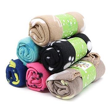 Urio Lot de 6 couvertures pour animal domestique avec coussin doux et chaud lavable, motif pattes, 60 x 70 cm, multicolore