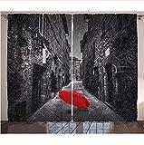 DGTJSEVEN Grommet Blackout Cortinas de Cocina Blancas y Negras Paraguas Rojo en una Calle Estrecha y Oscura en Toscana Italia Juego de Paneles de decoración de Ventana de Invierno lluvioso 280x300cm