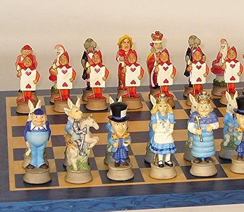¡no ser extrañado! Alice in Wonderland on azul Tan Board Board Board by Royal Chess  la calidad primero los consumidores primero