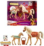 Mattel Spirit Untamed Cuddle Colt & Mama Playset (Horses Approx. 5-in & 8-in) & Feeding Accessories, Great Gift for Horse and Animal Lovers Ages 3 Years Old & Up