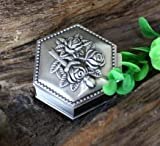 K-ONE Joyero de hojalata Retro Pequeño Joyero de hojalata Retro de Plata Caja de Anillo de Almacenamiento Caja de joyería de Estilo múltiple Hexagonal Redonda en Forma de corazón-Amarillo Claro