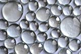 400 Gramm (ca. 116 Stück) Glasnuggets, glasklar (weiß) transparent in 4 verschiedenen Größen (siehe Fotos) Dies entspricht einer Fläche von ca. 15x21 cm. Die vorderen Seiten sind gewölbt, die hinteren Seiten sind flach. Alle Glassteine sind farbecht ...