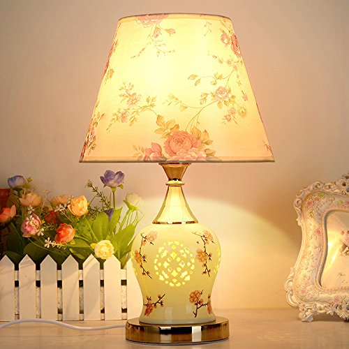 Een idyllische dimmen van de lampen slaapkamer tweepersoonsbed woonkamer lamp