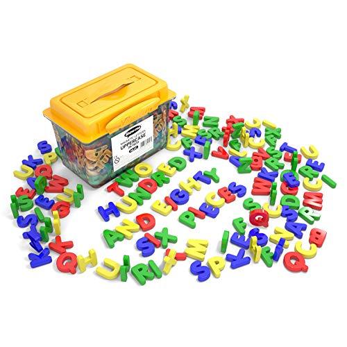 Box mit 286 magnetischen Großbuchstaben