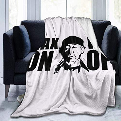 haoqianyanbaihuodian Wax On Wax Odd Karate Kid Miyagi, Gorra de camionero de forro polar blanco y negro, manta de franela ligera, ultrasuave y cálida, apta para sofá