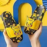 PERRTWDLF Chaussures de Piscine et de Plage Pikachu Chaussons pour Enfants garçons Filles été Maison Pokemon Sandales Salle de Bain antidérapante intérieur Chaussures-Noir_27 (170mm)