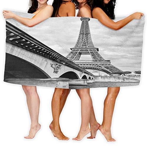 Toalla de playa de microfibra de 51.2 x 31.5 pulgadas, Torre Eiffel Cloudy Sky View From Seine River Under Bridge Monocromic Art,Toalla de microfibra de secado rápido de color blanco y negro