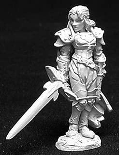 Reaper Alaine, Female Paladin 02725 Miniatures