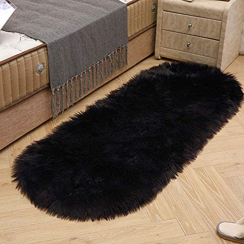 LEEVAN Soft Shag Round Area Rugs Living Room Faux Fur Wool Oval Bedroom Carpet Plet Rug Fluffy Kids Children Play Mat Home Accent Decorate(Black,2ft x 4ft)