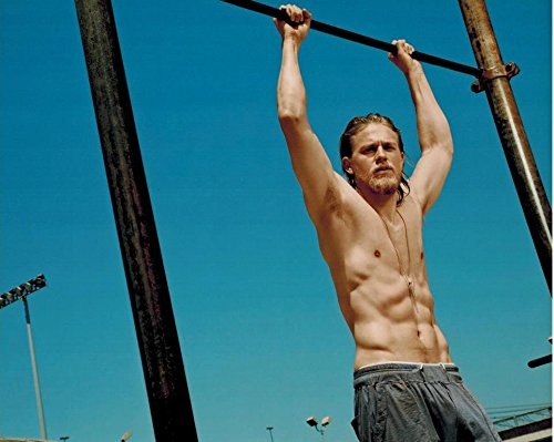 Sons of Anarchy Charlie Hunnam as Jackson 'Jax' Teller Shirtless Working Out HOT 8 x 10 Photo