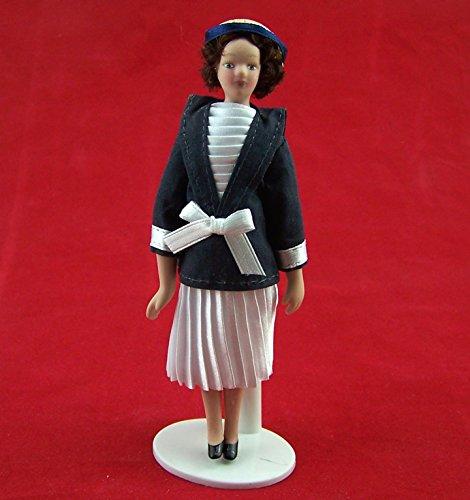 Puppe Dame im Plisseekleid Puppe für die Puppenstube Miniatur 1:12