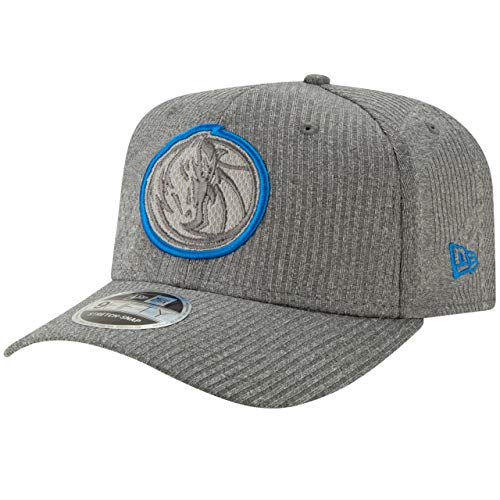 New Era 9FIFTY NBA Dallas Mavericks Training Series Snapback Cap grau/blau, OneSize