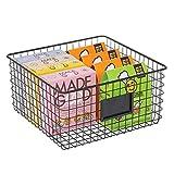 mDesign Caja multiusos de metal – Caja organizadora con espacio para poner etiqueta para cocina, despensa, etc. – Cesta de almacenaje de alambre, compacta y universal – negro mate