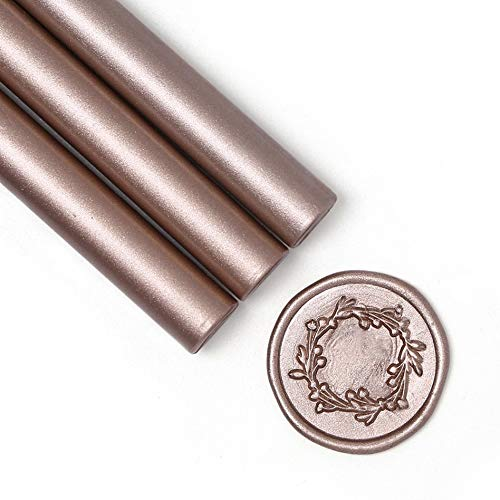 UNIQOOO Mailable Glue Gun Sealing Wax Sticks for Wax Seal Stamp - Metallic Champagne Gold, Great for Xmas Cards, Wedding Invitations, Cards Envelopes, Snail Mails, Wine Packages, Gift Ideas, Pack of 8