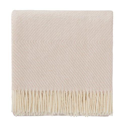 URBANARA 140x220 cm Wolldecke 'Gotland' Zartrosa/Creme — 100% Reine skandinavische Wolle — Ideal als Überwurf, Plaid oder Kuscheldecke für Sofa und Bett — Warme Decke aus Schurwolle mit Fransen