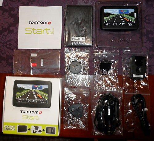 TomTom Start 20 Holiday Edition Central Europe Traffic Navigationssystem (11 cm (4,3 Zoll) Touchscreen, Europa 19, TMC, Fahrspur- & Parkassistent, IQ Routes, Text-to-Speech, inklusive Tasche, Heimladegerät, Displayschutzfolie)