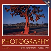 Photography: Revised Edition by Henry Horenstein (2003-07-25)