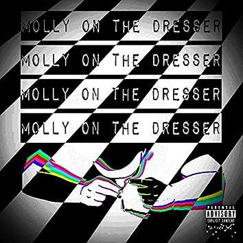 Molly on the Dresser (feat. SadSixx)