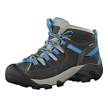 Top 10 Best Hiking Shoes for Women 15