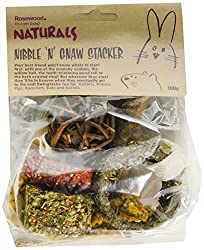 hang in your pet's cage to present a fun and stimulating challenge made up of two hard baked treats, a parsley treat, willow ball, wood gnaw and herb ring 0 ideal for rabbits, guinea pigs, hamsters, rats, mice and gerbils made only from 100% natural ...