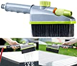 Royal Gardineer Bürste: 2in1-Hand-Waschbürste, Sprühfunktion, Gartenschlauch-Klick-Anschluss (Garten-Schlauch-Bürste)