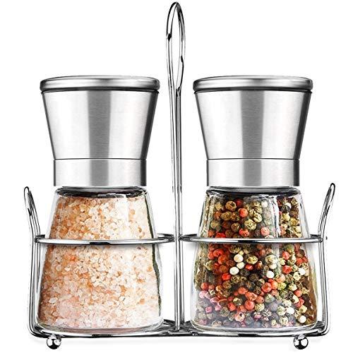 Salz und Pfeffer Mühle Set mit Passendem Ständer, Gewürzmühle, Salzmühle Pfeffermühle aus Edelstahl/Glas mit Verstellbarem Keramik Mahlwerk Grob Fein, 2 Stück, Silber