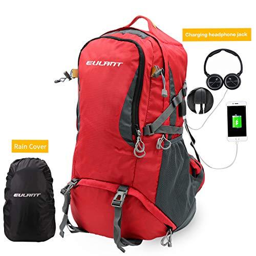 ONT Wanderrucksack mit Regenschutz Frauen Männer Reiserucksack mit USB-Ladeanschluss Kopfhöreranschluss Campingrucksack 40L/Rot