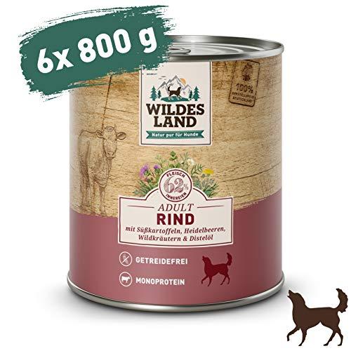 Wildes Land | Nassfutter für Hunde | Nr. 5 Rind | 6 x 800 g | mit Süßkartoffeln, Heidelbeeren, Wildkräutern & Distelöl | Glutenfrei | Extra viel Fleisch | Beste Akzeptanz und Verträglichkeit