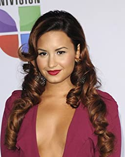 Demi Lovato Sexy in Reavealing Open Gown Looking Glamourous 8x10 Publicity Photo