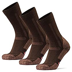 Best Hiking Socks for Sweaty Feet 9