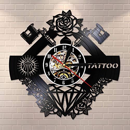 KEC Nombre Personalizado Vinilo silencioso Disco de Pared Clcok Tatuaje Estudio Signo Tatuaje Tienda máquina de Tatuaje decoración de Pared Hipster Hombres Regalo