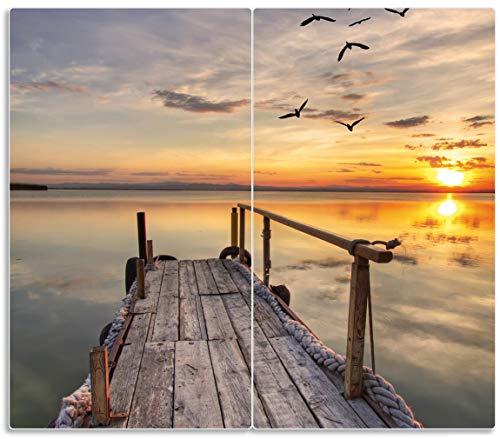 Wallario Herdabdeckplatte/Spritzschutz aus Glas, 2-teilig, 60x52cm, für Ceran- und Induktionsherde, Sonnenuntergang über dem See idyllischer Steg