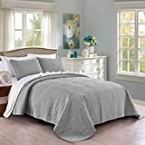 Quilt Set Full/Queen Size Light Grey - Oversized Bedspread - Soft Microfiber Lightweight Coverlet for All Season - 3 Piece Includes 1 Quilt and 2 Shams, Geometric Pattern