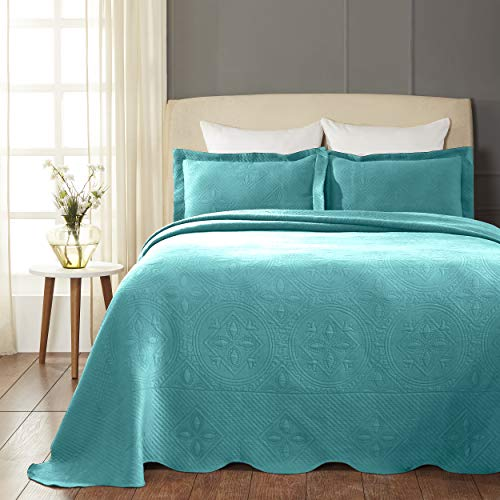 SUPERIOR Celtic Circles Scalloped Bedspread with Matching Pillow Shams, Queen, Peacock Blue